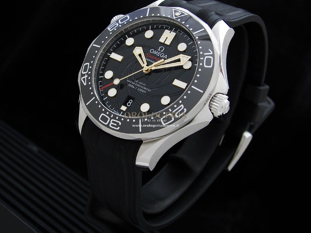 "Omega Seamaster Diver 300M ""James Bond"" Limited Edition"