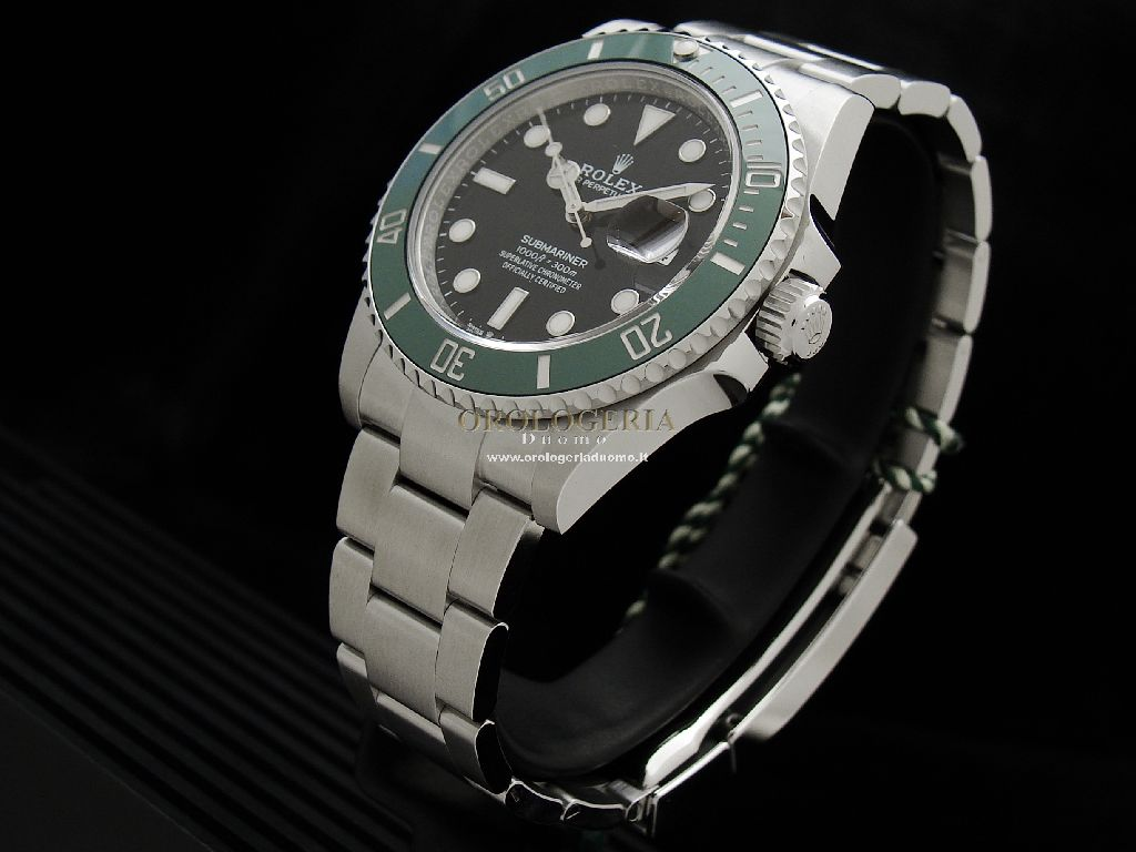 Rolex Submariner Date 41mm Green Ceramic Bezel REF. 126610LV